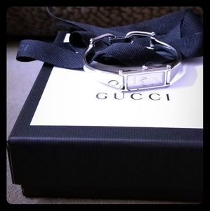 Gucci 🖤